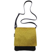jill-en-rose-messengerbag-front-oker-geel-croco
