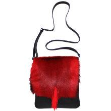 jill-en-rose-messengerbag-front-springbok-rood-staart