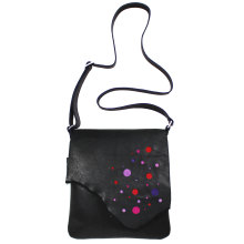 jill-en-rose-messengerbag-front-zwart-bubbel-rood-paars