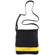 jill-en-rose-messengerbag-front-zwart-met-gele-strook