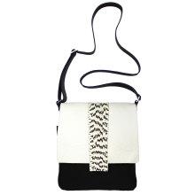 JillenRose-Messengerbag-front-wit-snake-black-white